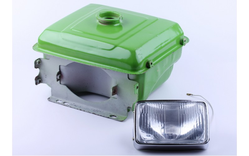 Бак топливный + фара ( отверстие под шланг топливный) (R190)
